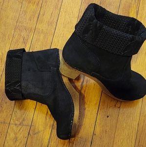 Sanita Shoe. Brand new, never worn boot